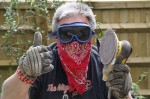 Welcome to totalkitcar online. No, it's not my new look, this garb was for a spot of bank holiday garden table sanding
